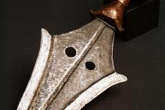Tetela - Nkuttshu - Lokele - Kusu - Olombo Pommel knife.